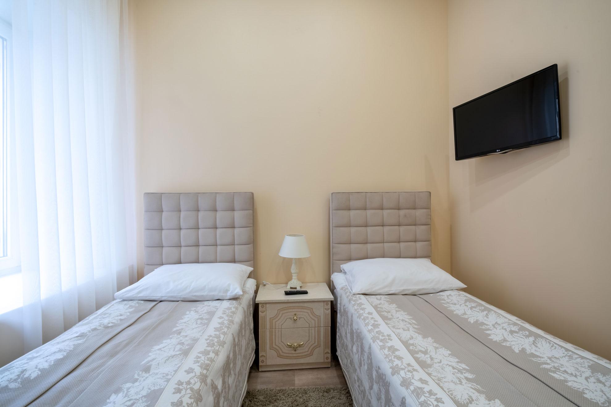 Мини-отель-Адель,-номер-Стандарт-(2-кровати).